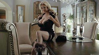 Alluring Madison masturbating using vibrator lovely