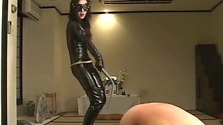 Femdom Kitagawa worshipping latex dominatrix-bitch