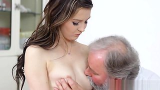 Voluptuous Russian vixen screwed by nasty doctor