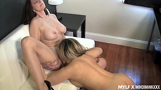 Female boss licks ass of super sexy lesbian secretary Carmen Valentina