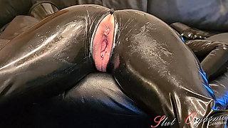 Slave Slut-Orgasma Celeste in Latex stretched holes, enema