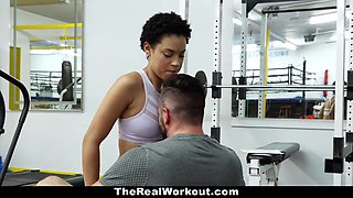 Hot Personal Trainer Fucks Client At Gym - Amethyst Banks