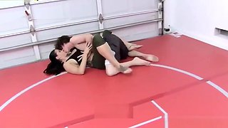 Horny mother wrestling with her son - bit.ly/xnaughtyx