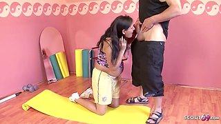 9 Month Pregnant Latina Seduce To Make Love - Hairy