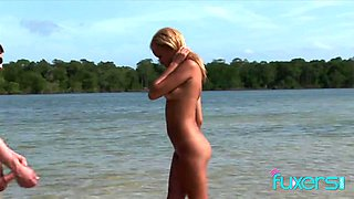 Barbie Banks sex in the sun and sea with 2 guys