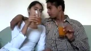 Cute Hawt Pakistani Beauty With Paramour Home Sex
