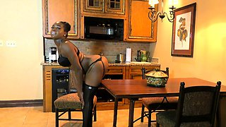 Booty Ebony trans in stockings enjoys jerking