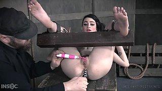 skinny emo girl enjoys having her tight ass penetrated