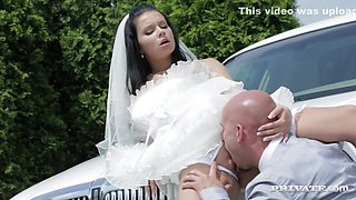 Dirty Bride Takes Her Chauffeurs Cock Before Her Wedding