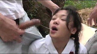 Japanese schoolgirl deepthroat