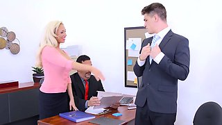 Brazzers - Big Tits at Work - The Deal Breake