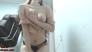 Asian sexy camgirl oils her big boobs
