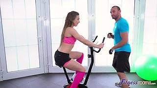 Fit Nicole Pearl drops her panties to have sex with her instructor