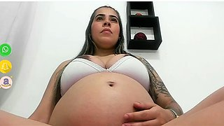 tatted pregnant mom is looking for a partner