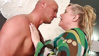 I caught my chubby wife cheating