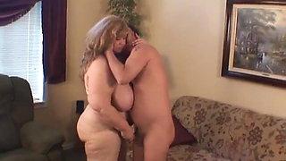 Curvy Sharon - Auntie Sharon Rubs Your Cock