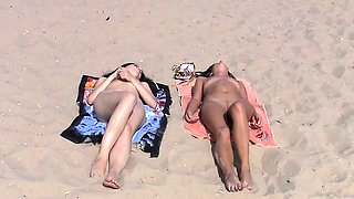 Blonde Russian nudist flashes the cameraman