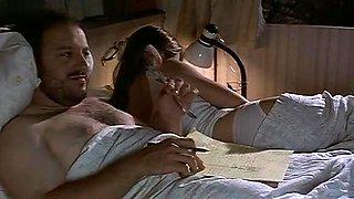 Jeri Ryan in The Last Man (2000)