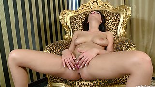 Horny solo beauty plays with her pussy in incredible modes