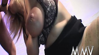 Amateur with piercings on the pussy ridding hard