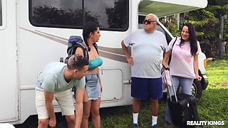 Gabriela Lopez - Family Rv Trip Spiced Up By Nasty Stepsister!