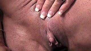 Hot Bodybuilder's Big Clit