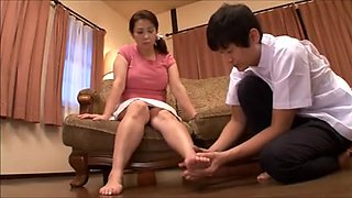Japanese mature woman desire (part 1)
