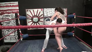 NO RULES Wrestling with Roxanne Rae