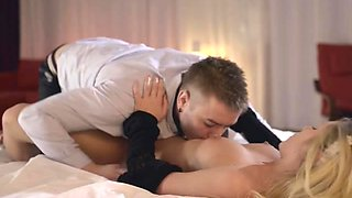 Hot Maid Jessi Gets Eaten And Romanced By Her Boss